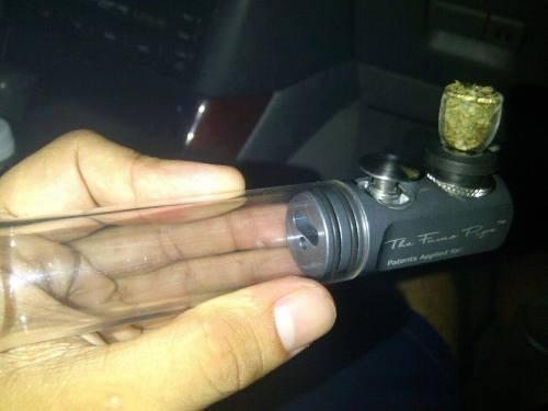 grinder weed lyon