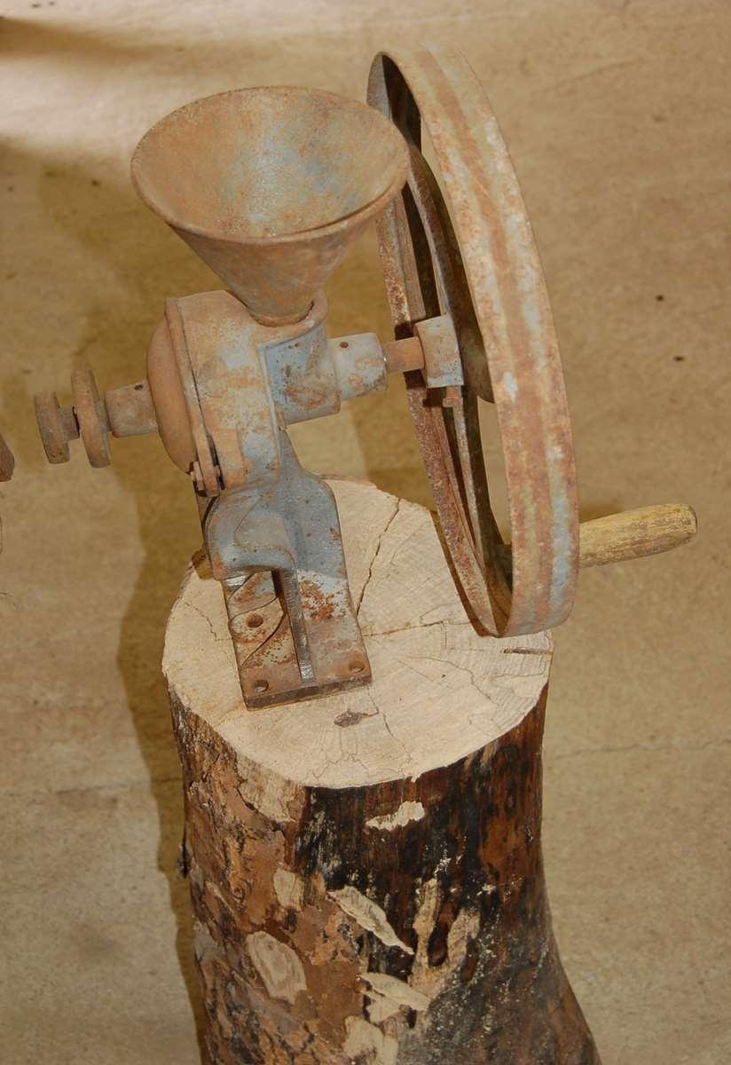 moulin a grain criquet
