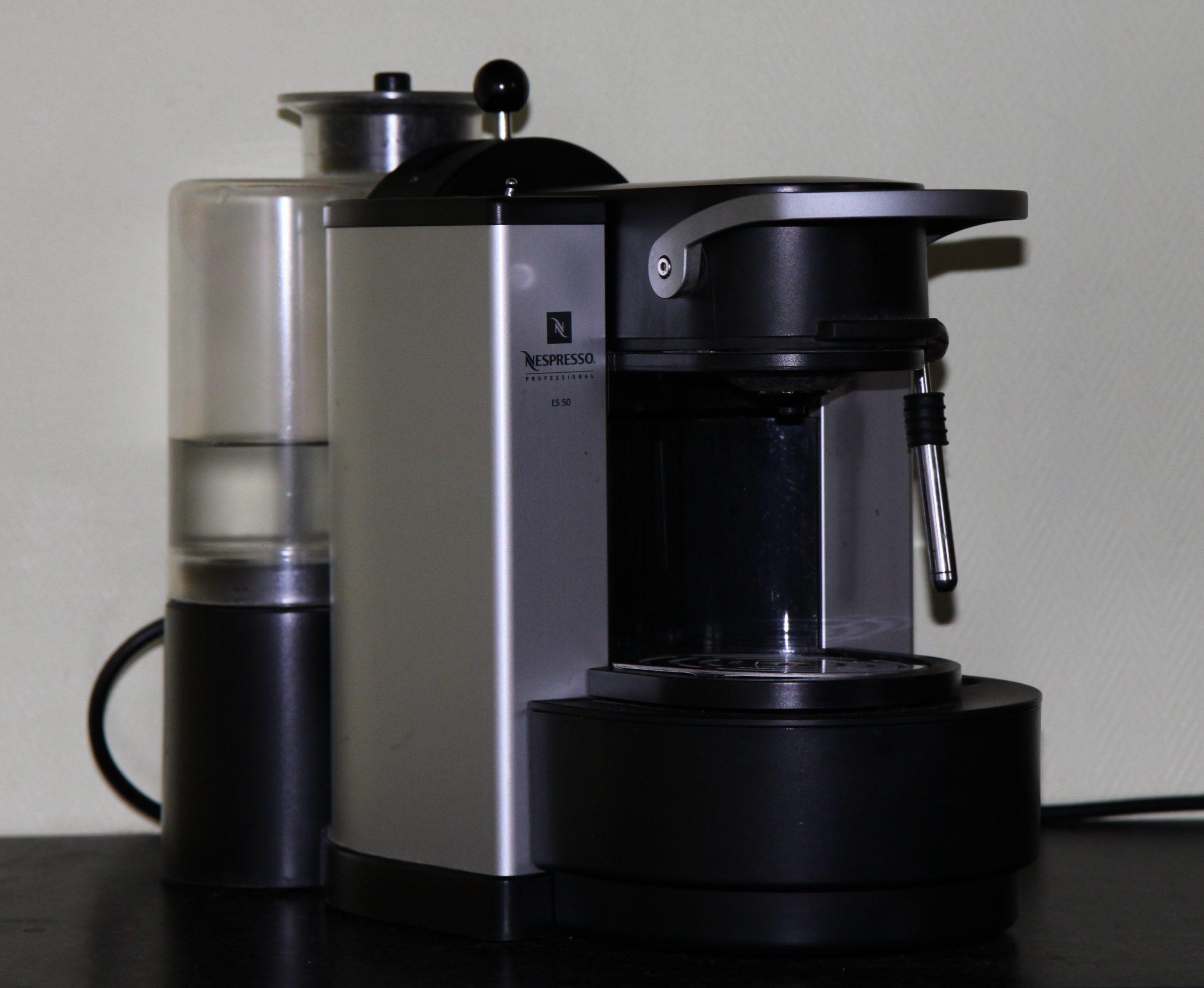 machine a café nespresso inissia